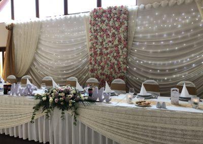Esküvői főasztal a Szepi Fogadóban